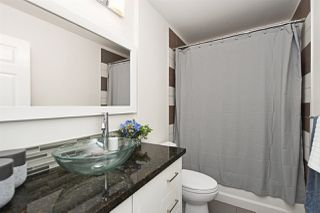 """Photo 11: 82 E 45TH Avenue in Vancouver: Main House for sale in """"MAIN STREET"""" (Vancouver East)  : MLS®# R2394942"""