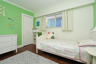 """Photo 9: 82 E 45TH Avenue in Vancouver: Main House for sale in """"MAIN STREET"""" (Vancouver East)  : MLS®# R2394942"""