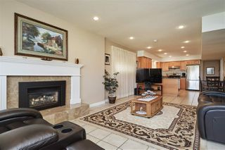 Photo 13: 306 GAMMA Avenue in Burnaby: Capitol Hill BN House for sale (Burnaby North)  : MLS®# R2401259