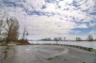 """Photo 2: 1108 2763 CHANDLERY Place in Vancouver: South Marine Condo for sale in """"THE RIVER DANCE"""" (Vancouver East)  : MLS®# R2425024"""