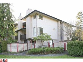"""Photo 2: 14838 HOLLY PARK Lane in Surrey: Guildford Townhouse for sale in """"Holly Park In Guildford"""" (North Surrey)  : MLS®# R2427275"""