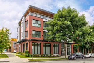 "Photo 14: 402 688 E 18TH Avenue in Vancouver: Fraser VE Condo for sale in ""THE GEM"" (Vancouver East)  : MLS®# R2448205"