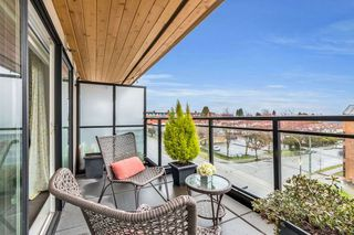 "Photo 8: 402 688 E 18TH Avenue in Vancouver: Fraser VE Condo for sale in ""THE GEM"" (Vancouver East)  : MLS®# R2448205"