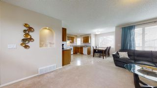 Photo 4: 16236 83A Street NW in Edmonton: Zone 28 House for sale : MLS®# E4193081