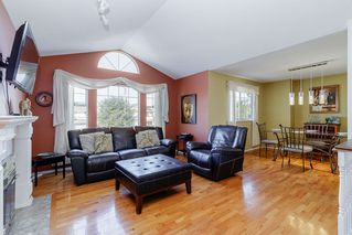 Photo 2: 18828 FORD Road in Pitt Meadows: Central Meadows House for sale : MLS®# R2463008