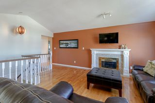 Photo 4: 18828 FORD Road in Pitt Meadows: Central Meadows House for sale : MLS®# R2463008