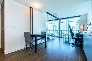 "Photo 12: 1103 89 NELSON Street in Vancouver: Yaletown Condo for sale in ""THE ARC"" (Vancouver West)  : MLS®# R2495278"