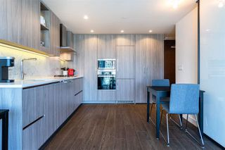 "Photo 9: 1103 89 NELSON Street in Vancouver: Yaletown Condo for sale in ""THE ARC"" (Vancouver West)  : MLS®# R2495278"