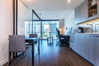 "Photo 8: 1103 89 NELSON Street in Vancouver: Yaletown Condo for sale in ""THE ARC"" (Vancouver West)  : MLS®# R2495278"