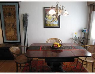 Photo 3: 6388 ELLIOTT Street in Vancouver: Killarney VE House for sale (Vancouver East)  : MLS®# V785165