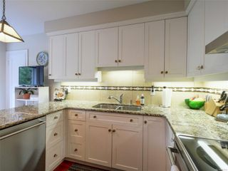 Photo 4: 1412 Oliver St in : OB South Oak Bay House for sale (Oak Bay)  : MLS®# 857564