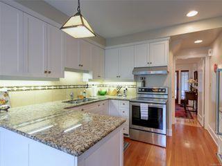 Photo 3: 1412 Oliver St in : OB South Oak Bay House for sale (Oak Bay)  : MLS®# 857564