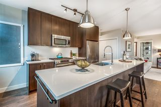 """Photo 13: 202 4250 MARINE Drive in Burnaby: Big Bend Townhouse for sale in """"McGregor"""" (Burnaby South)  : MLS®# R2528672"""