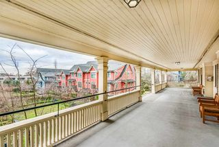 """Photo 4: 202 4250 MARINE Drive in Burnaby: Big Bend Townhouse for sale in """"McGregor"""" (Burnaby South)  : MLS®# R2528672"""