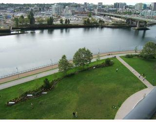 "Photo 1: 1205 918 COOPERAGE Way in Vancouver: False Creek North Condo for sale in ""MARINER"" (Vancouver West)  : MLS®# V787134"