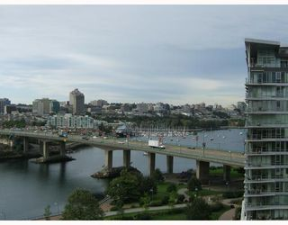 "Photo 10: 1205 918 COOPERAGE Way in Vancouver: False Creek North Condo for sale in ""MARINER"" (Vancouver West)  : MLS®# V787134"
