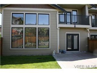 Photo 19: 18 630 Brookside Road in VICTORIA: Co Latoria Townhouse for sale (Colwood)  : MLS®# 287063
