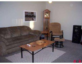 "Photo 4: 68 26970 32ND AV in Langley: Aldergrove Langley Townhouse for sale in ""PARKSIDE VILLAGE"" : MLS®# F2621207"