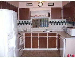 "Photo 5: 68 26970 32ND AV in Langley: Aldergrove Langley Townhouse for sale in ""PARKSIDE VILLAGE"" : MLS®# F2621207"