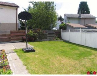 Photo 7: 12814 74TH Avenue in Surrey: West Newton House for sale : MLS®# F2906043