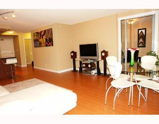 "Photo 6: 1801 950 CAMBIE Street in Vancouver: Downtown VW Condo for sale in ""PACIFIC PLACE LANDMARK 1"" (Vancouver West)  : MLS®# V761727"