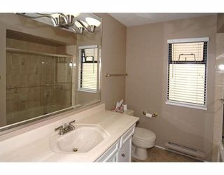 """Photo 10: 5160 HUMMINGBIRD Drive in Richmond: Westwind House for sale in """"WESTWIND"""" : MLS®# V779354"""