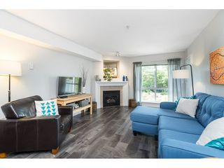 "Photo 3: 412 15150 29A Avenue in Surrey: King George Corridor Condo for sale in ""Sands II"" (South Surrey White Rock)  : MLS®# R2396902"