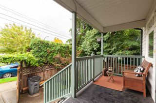 "Photo 2: 118 TEMPLETON Drive in Vancouver: Hastings House for sale in ""HASTINGS SUNRISE"" (Vancouver East)  : MLS®# R2408281"
