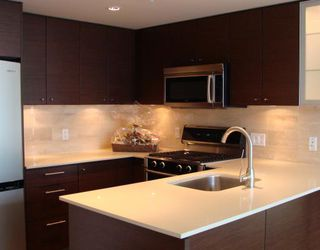 """Photo 1: 1702 7371 WESTMINSTER Highway in Richmond: Brighouse Condo for sale in """"LOTUS"""""""