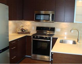 """Photo 2: 1702 7371 WESTMINSTER Highway in Richmond: Brighouse Condo for sale in """"LOTUS"""""""