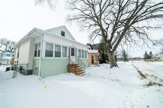 Photo 2: 252 UNION Avenue West in Winnipeg: Elmwood Residential for sale (3A)  : MLS®# 202004978