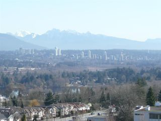 "Photo 13: 1100 4825 HAZEL Street in Burnaby: Forest Glen BS Condo for sale in ""THE EVERGREEN"" (Burnaby South)  : MLS®# R2445702"