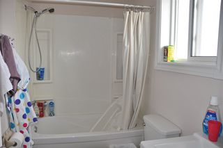 Photo 17: 18020 75 Avenue in Edmonton: Zone 20 House for sale : MLS®# E4193763