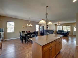 Photo 19: 6304 SAMRON Road in Sechelt: Sechelt District House for sale (Sunshine Coast)  : MLS®# R2469444