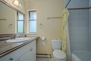 """Photo 16: 3478 NAIRN Avenue in Vancouver: Champlain Heights Townhouse for sale in """"COUNTRY LANE"""" (Vancouver East)  : MLS®# R2479939"""