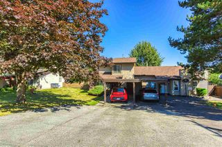 "Photo 4: 6928 134 Street in Surrey: West Newton House 1/2 Duplex for sale in ""BENTLEY"" : MLS®# R2490871"