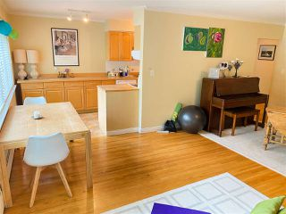 """Photo 5: 4 369 W 4 Street in North Vancouver: Lower Lonsdale Condo for sale in """"The Lanark"""" : MLS®# R2508957"""