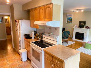 """Photo 10: 4 369 W 4 Street in North Vancouver: Lower Lonsdale Condo for sale in """"The Lanark"""" : MLS®# R2508957"""