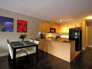 "Photo 4: 203 2780 ACADIA Road in Vancouver: University VW Townhouse for sale in ""LIBERTA"" (Vancouver West)  : MLS®# V792769"