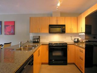 "Photo 5: 203 2780 ACADIA Road in Vancouver: University VW Townhouse for sale in ""LIBERTA"" (Vancouver West)  : MLS®# V792769"