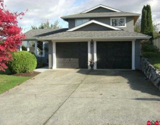 "Photo 1: 3654 HURST Crescent in Abbotsford: Abbotsford East House for sale in ""ROBERT BATEMAN PARK"" : MLS®# F2923718"