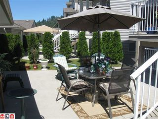 "Photo 3: 116 33751 7TH Avenue in Mission: Mission BC Townhouse for sale in ""HERITAGE PARK"" : MLS®# F1019203"