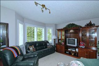 Photo 3: 52 Angus Meadow Drive in Markham: House (3-Storey) for sale (N11: LOCUST HIL)  : MLS®# N1942514