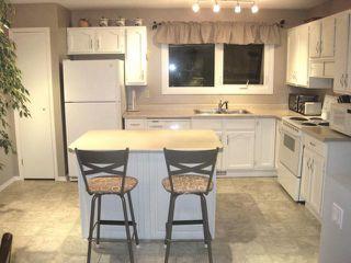 Photo 3: 15 SALISBURY Crescent in WINNIPEG: Fort Garry / Whyte Ridge / St Norbert Residential for sale (South Winnipeg)  : MLS®# 1019491