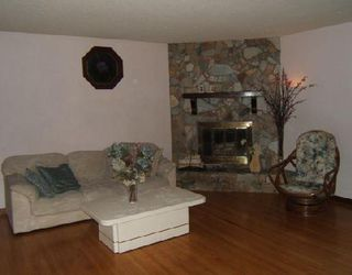 Photo 5: 118 NEWMAN Avenue West in WINNIPEG: Transcona Residential for sale (North East Winnipeg)  : MLS®# 2818072