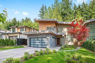 Main Photo: 31 GLENMORE Drive in West Vancouver: Glenmore House for sale : MLS®# R2401852