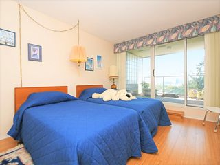 "Photo 15: 1201 5775 HAMPTON Place in Vancouver: University VW Condo for sale in ""THE CHATHAM"" (Vancouver West)  : MLS®# R2406482"