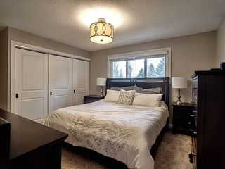 Photo 11: 3207 111B Street in Edmonton: Zone 16 House for sale : MLS®# E4174234