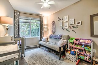 """Photo 13: 122 22 E ROYAL Avenue in New Westminster: Fraserview NW Condo for sale in """"THE LOOKOUT at Victoria Hill"""" : MLS®# R2413320"""