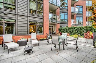 """Photo 18: 122 22 E ROYAL Avenue in New Westminster: Fraserview NW Condo for sale in """"THE LOOKOUT at Victoria Hill"""" : MLS®# R2413320"""